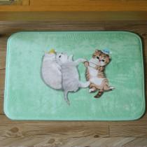 法蘭絨貓咪小地墊(三隻小貓)